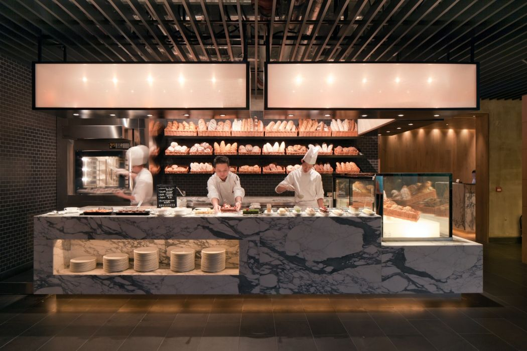 Buffet breakfast counters on pinterest 141 pins for Bistro hotel
