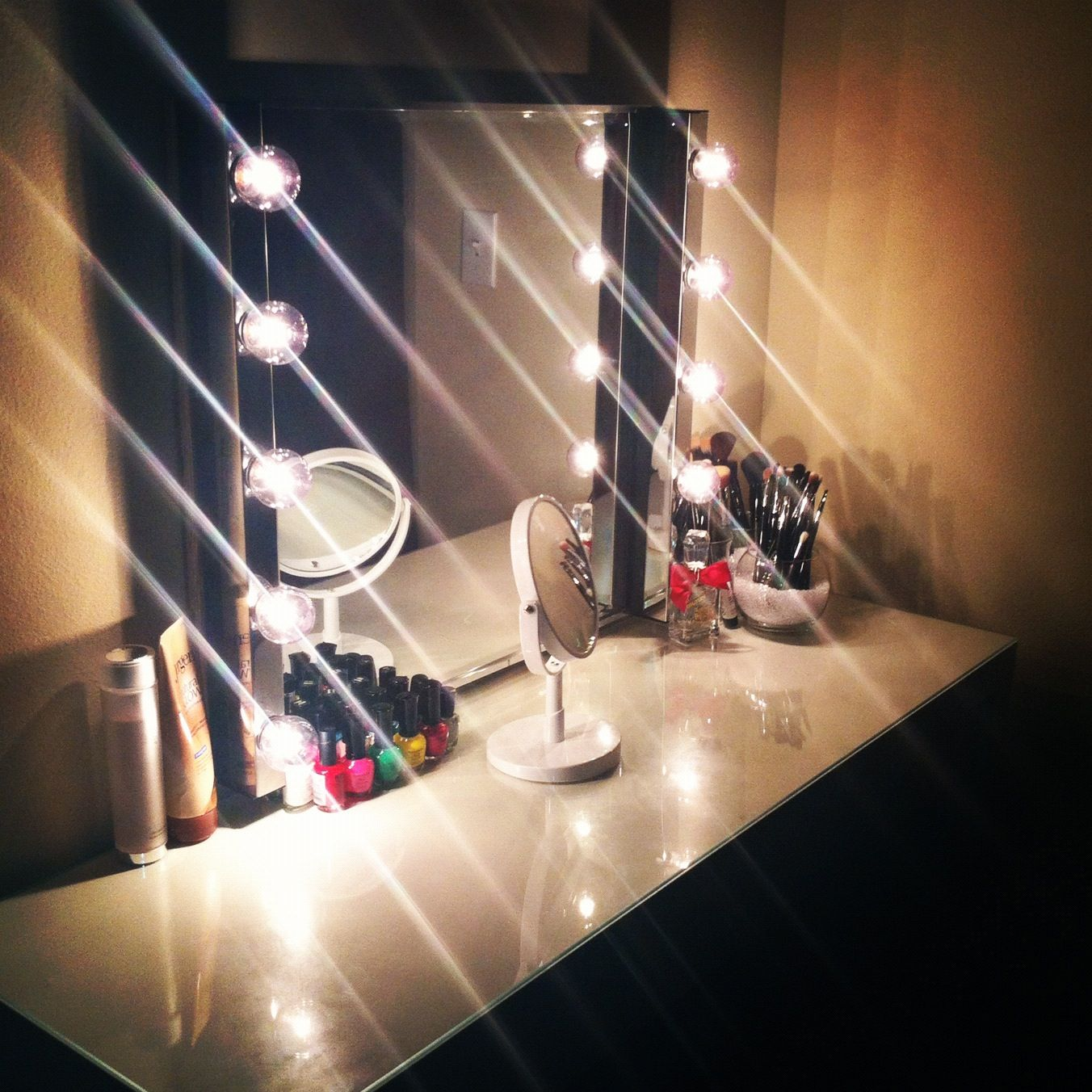 Vanity 200$ The malm dressing table from Ikea and the musik lights & mirror from from Ikea as ...