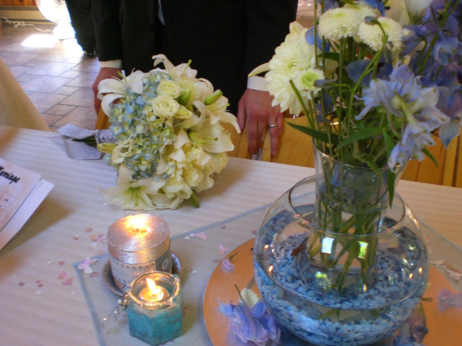 Bowl Centerpiece Ideas By Fish Bowl Centerpieces Wedding Ideas