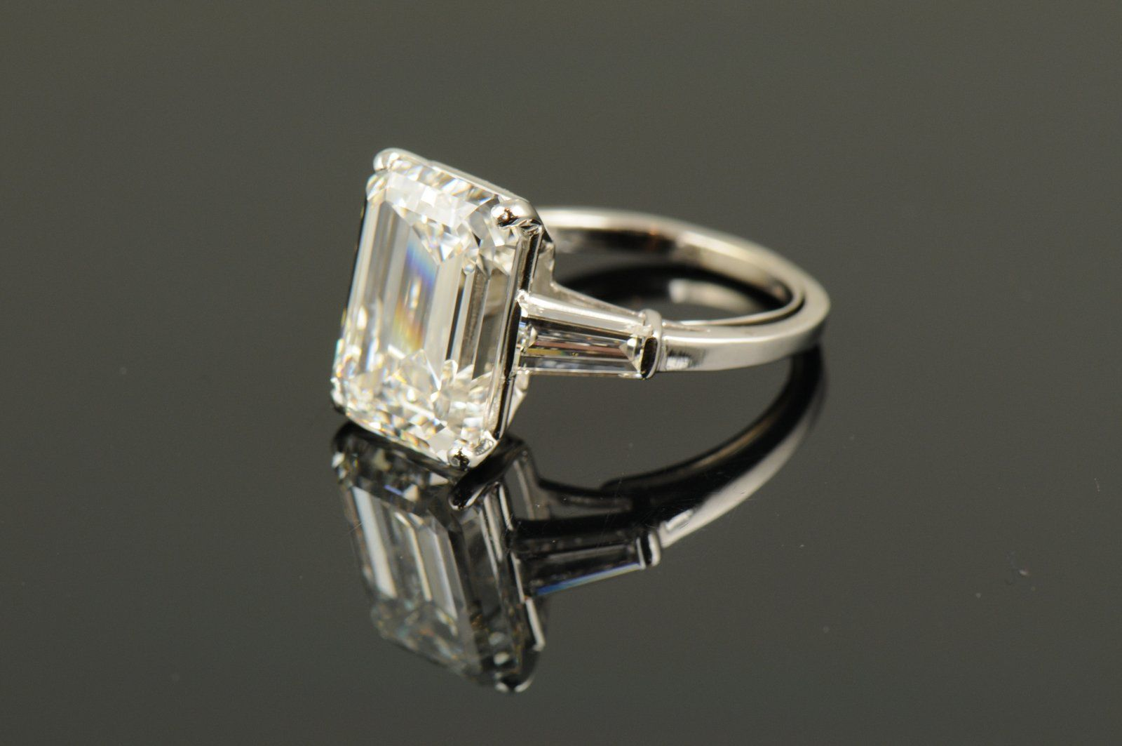 emerald cut ring with baguettes engagement