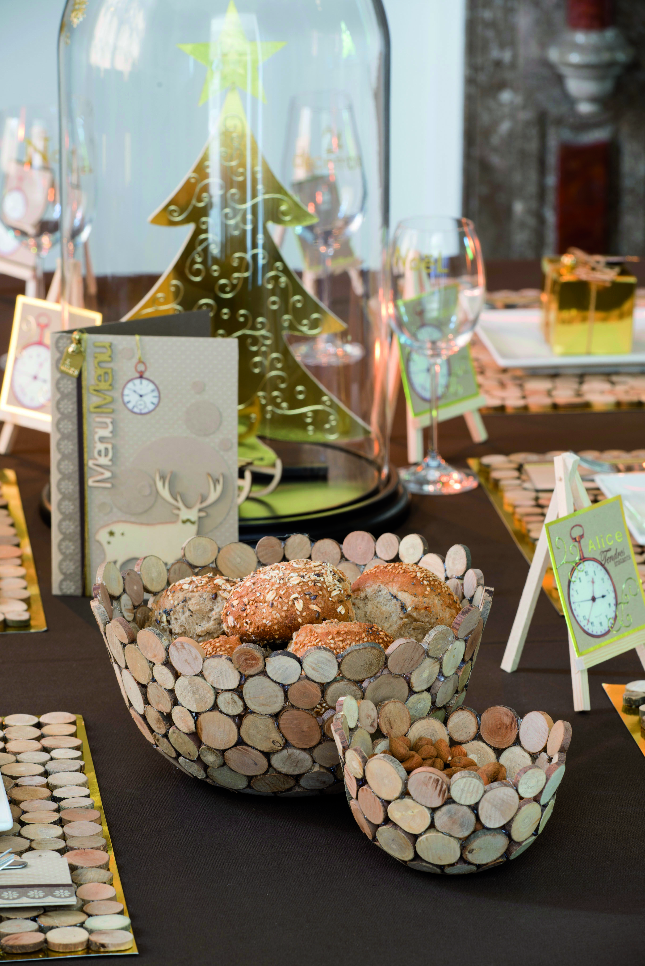 #976734 Décoration De Table En Bois NOEL En Mode Naturel  6225 Décoration De Table Noel En Bois 2734x4096 px @ aertt.com