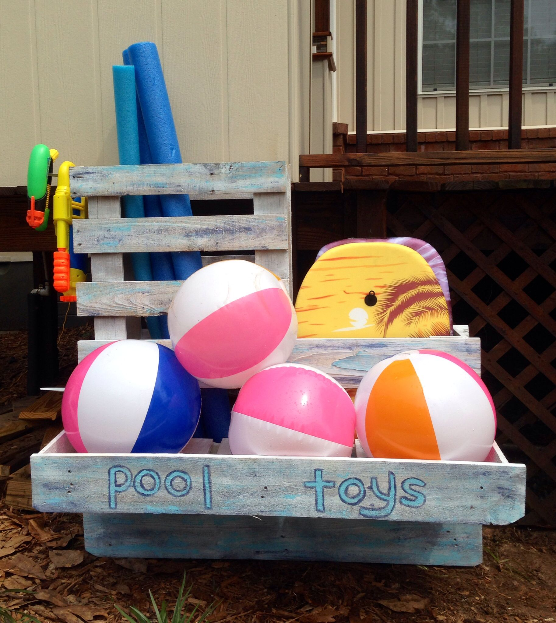 Pool Toy Storage Diy: Pool Toy Organizer I Made From Pallets