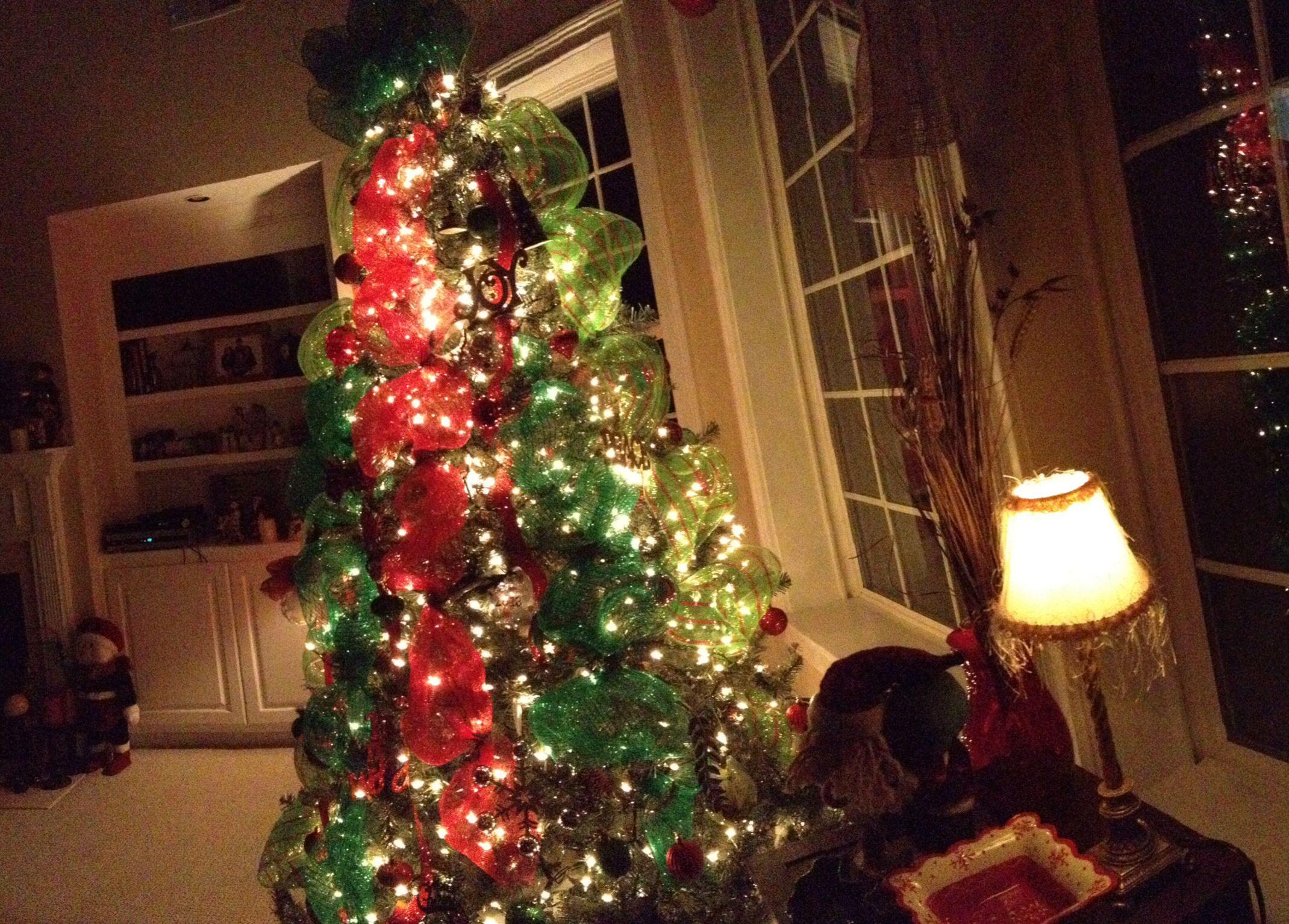 Christmas tree decor with mesh christmas decorating