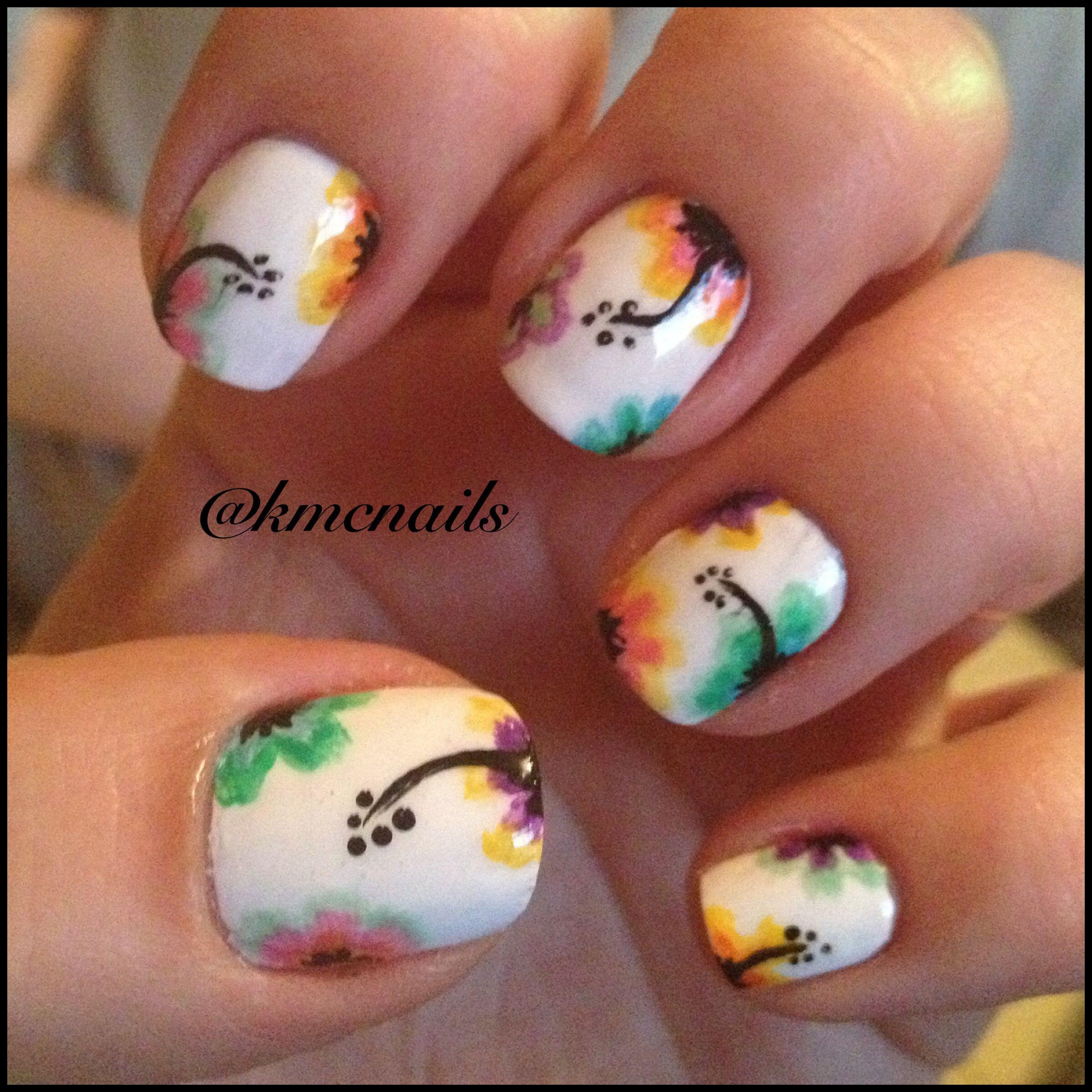 Hawaiian flower nail art | All about nails | Pinterest