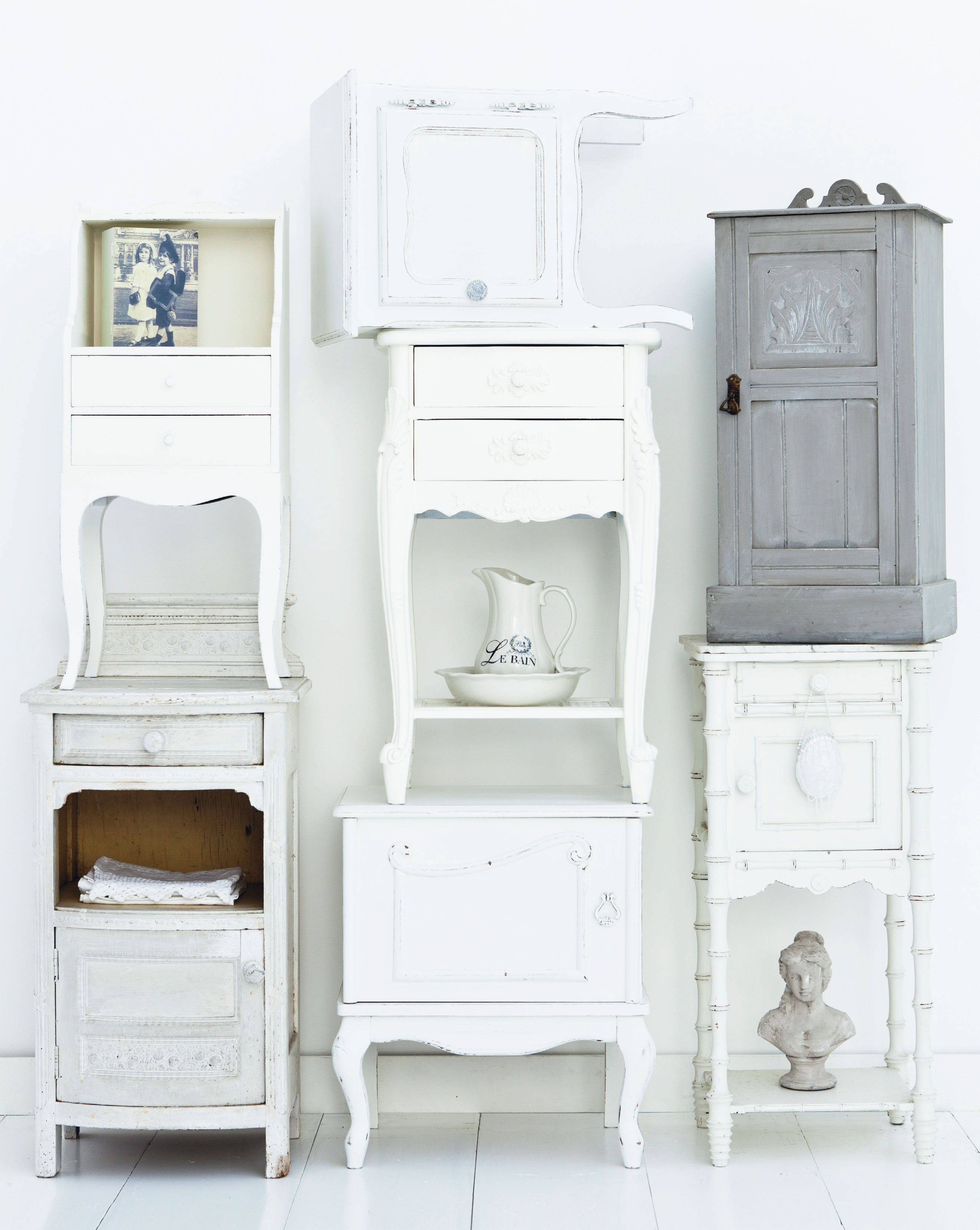 Stapelgek op brocante nachtkastjes  Interieur Inspiratie  Pinterest