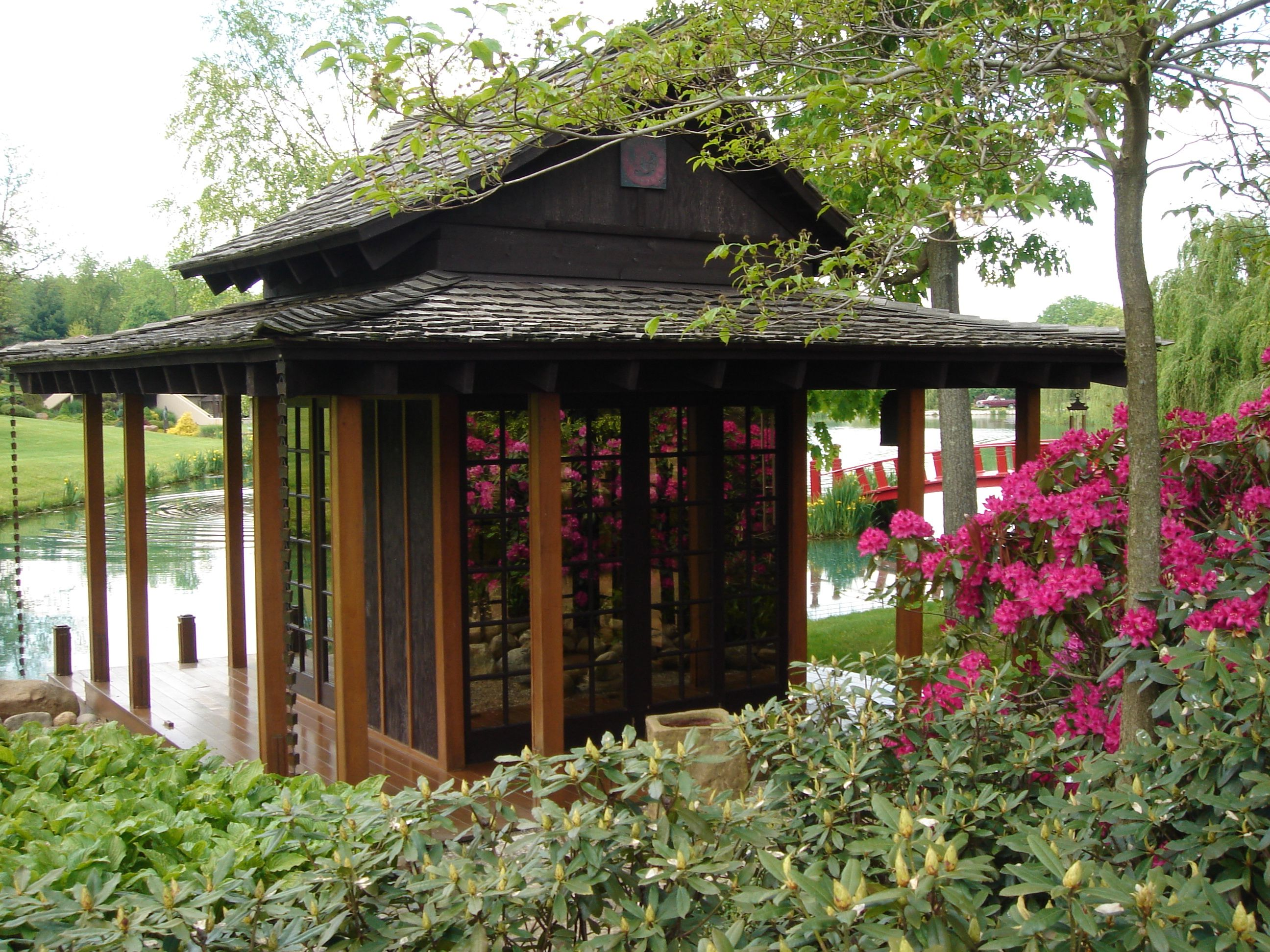 Japanese tea house japan pinterest for Japanese house garden