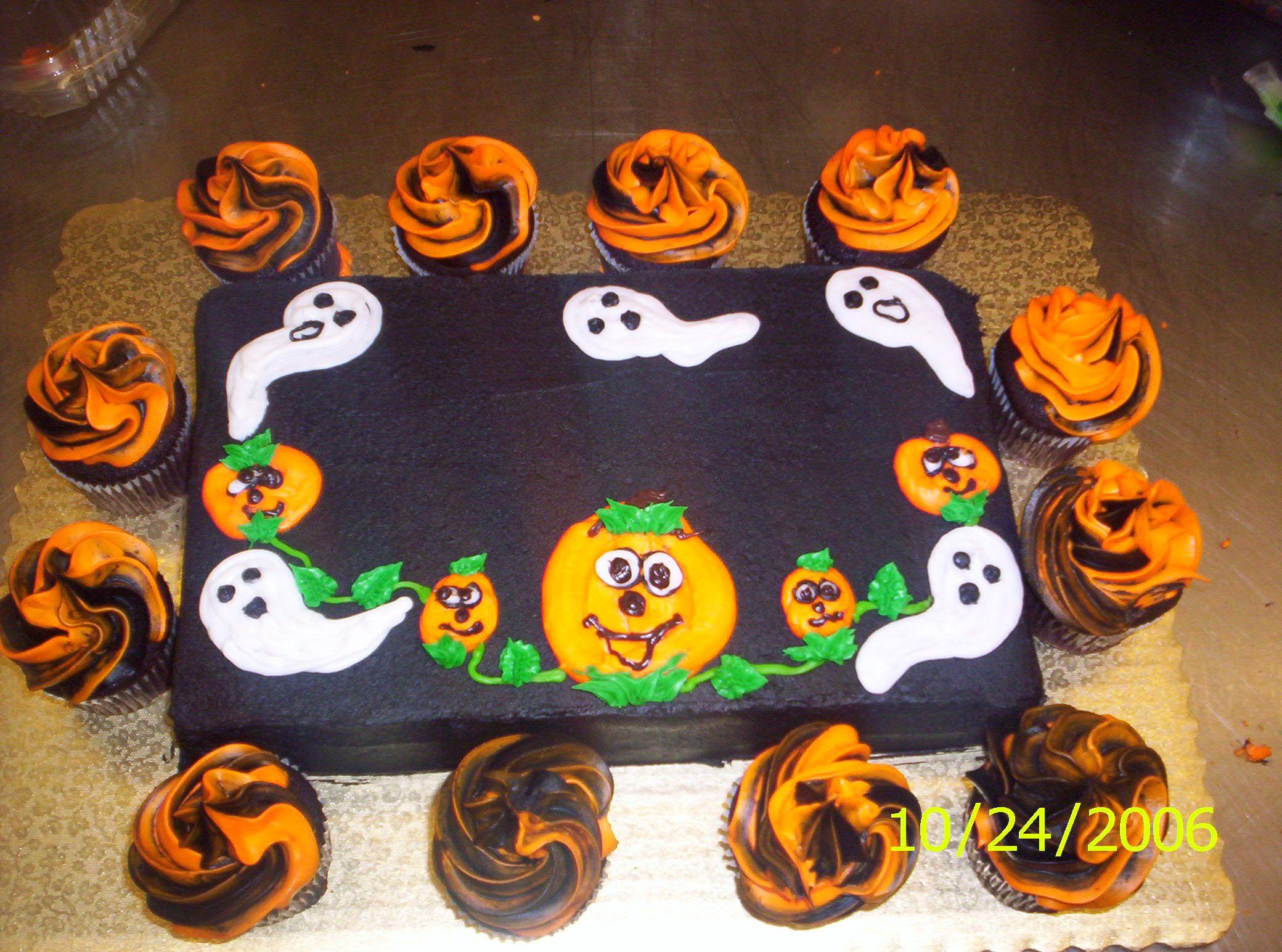 Halloween Cake Decorating Ideas : ghost cake Halloween ideas Pinterest