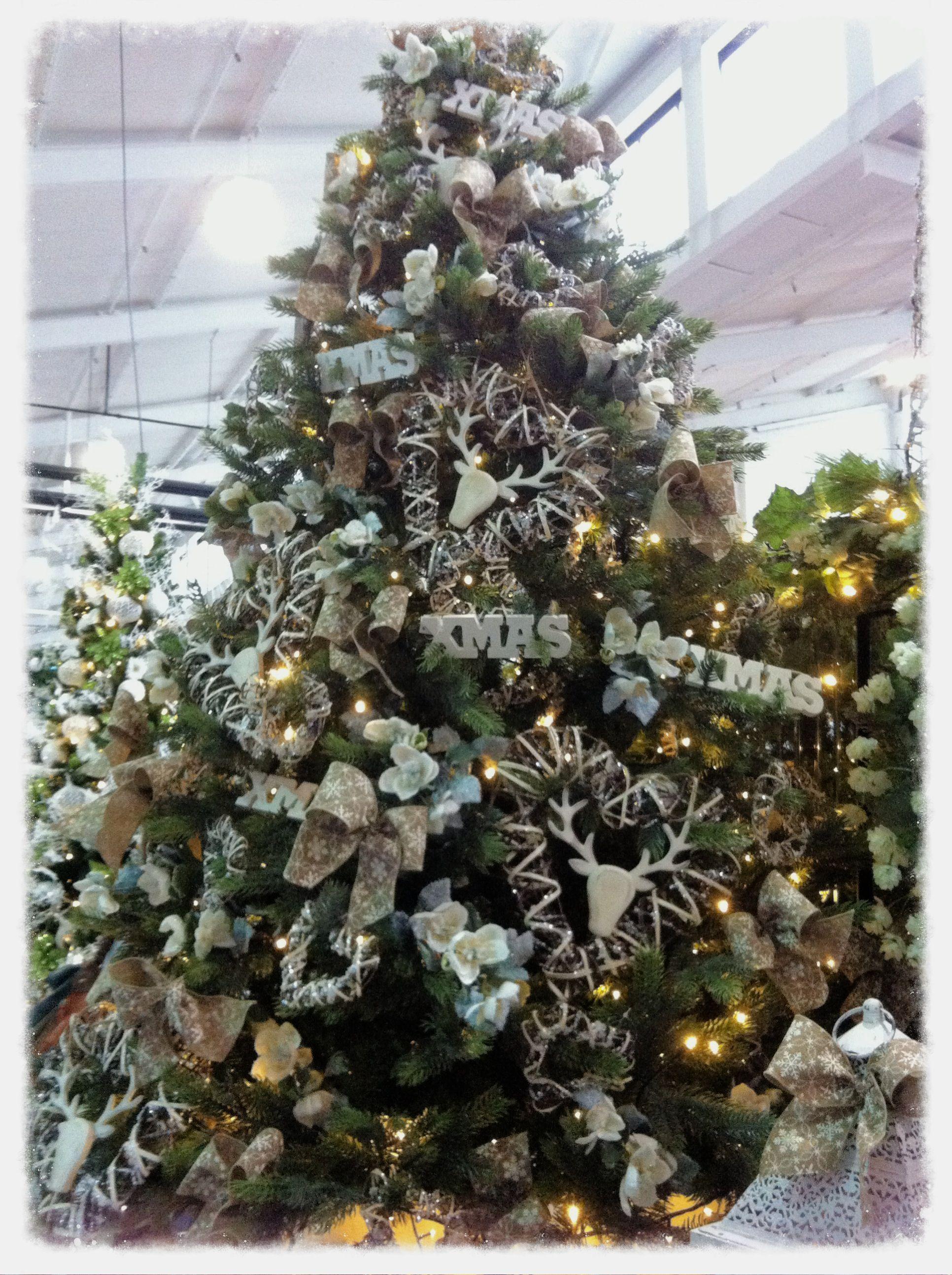 Rustic Christmas Tree Christmas Ideas Pinterest