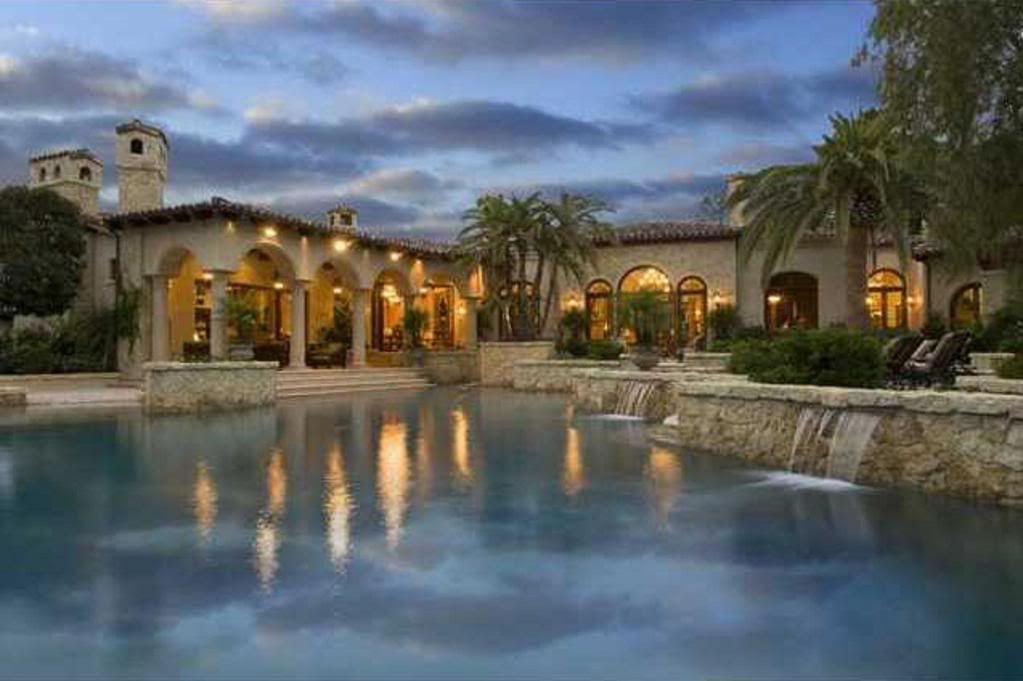 Pin by the socal connoisseur on southern california pools for Hacienda style homes