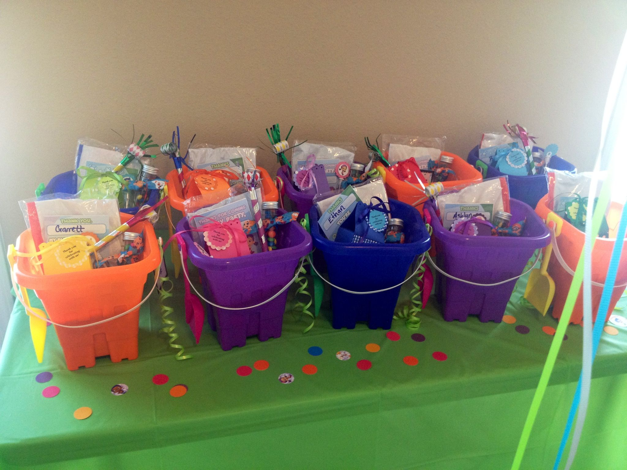 Bubble guppies party favor buckets party time bubble guppies pin - Bubble guppie birthday ideas ...