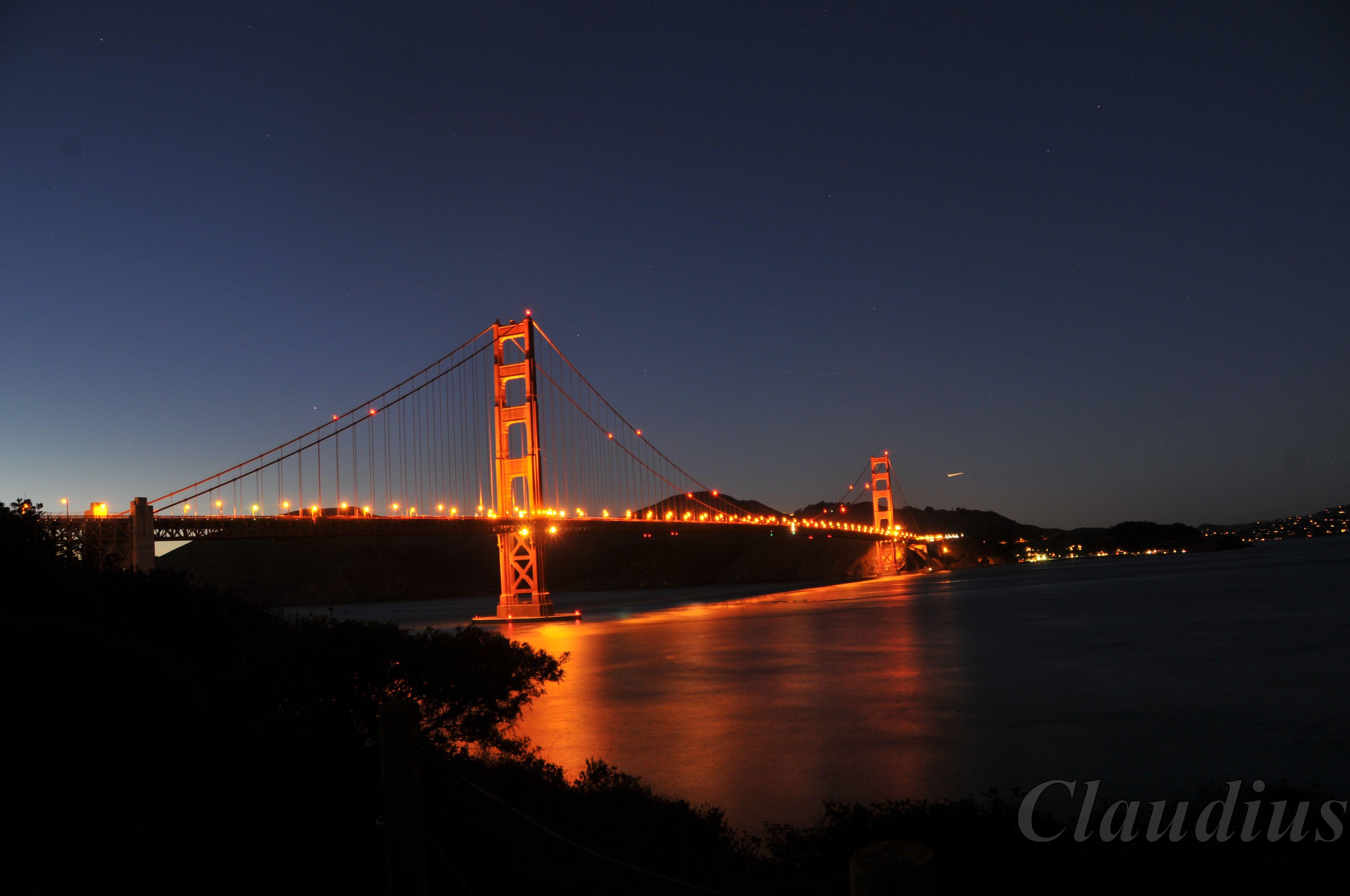 Golden gate bridge at night golden gate bridge 100 for Golden night