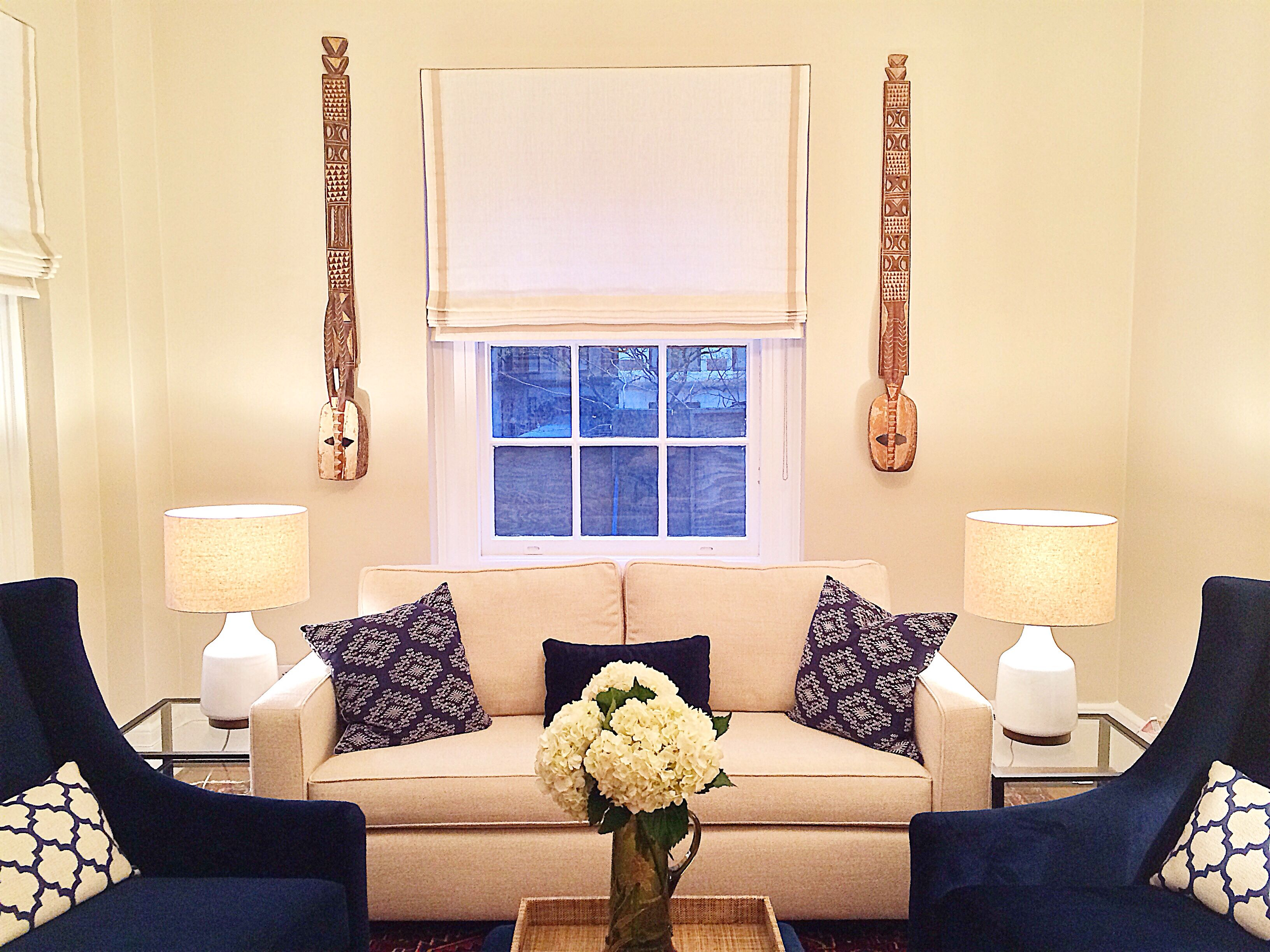 Best Clean And Fresh Navy Cream Living Room Home Inspiration 400 x 300