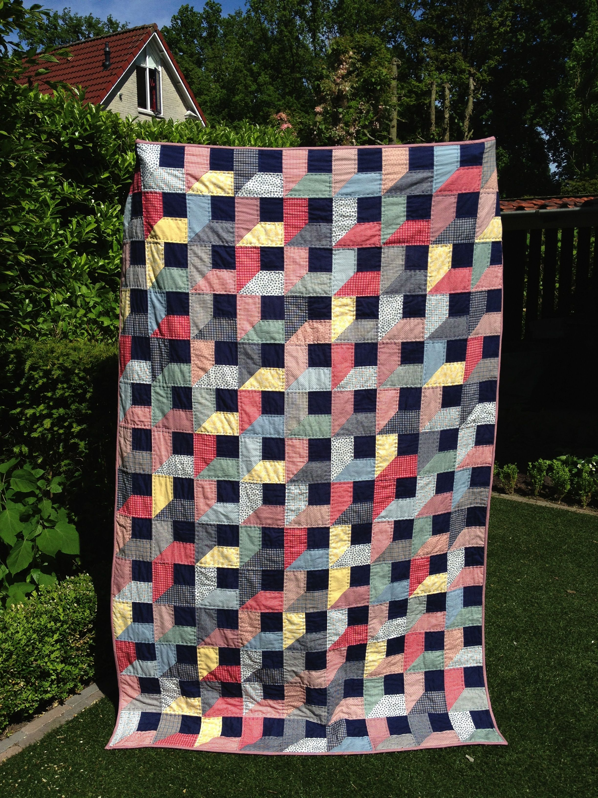 Attic window quilt more quilts pinterest for Window quilts
