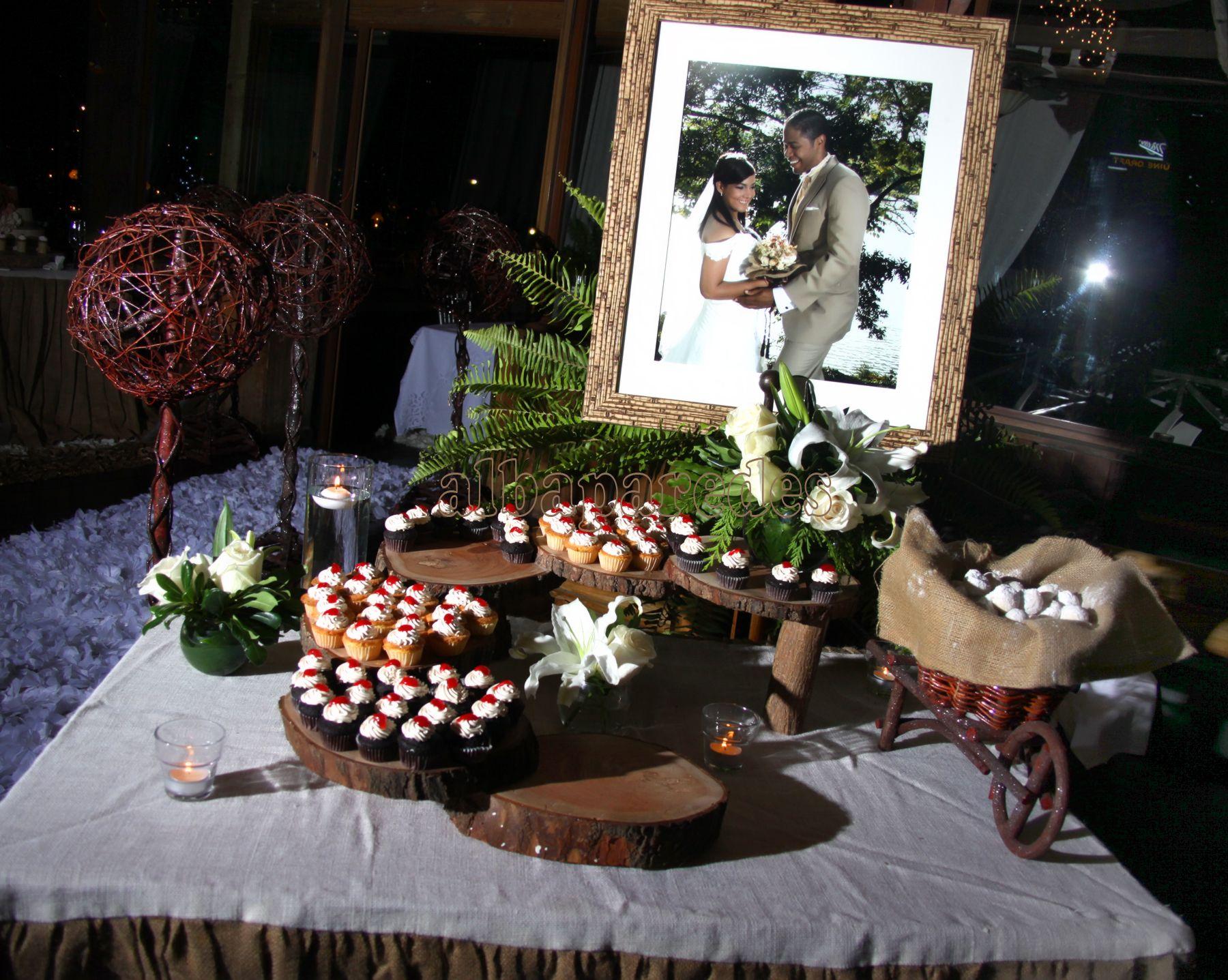 Mesa de entrada bodas rustica pinterest - Entradas rusticas ...