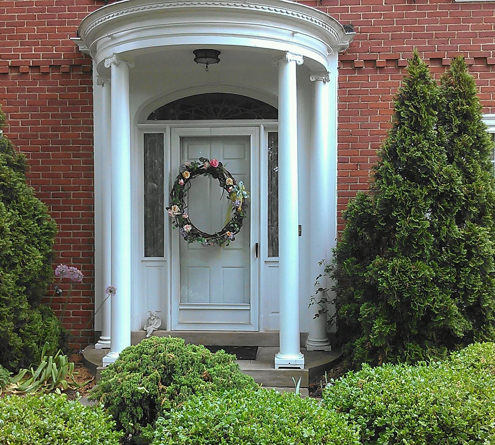 301 moved permanently for Colonial entry door