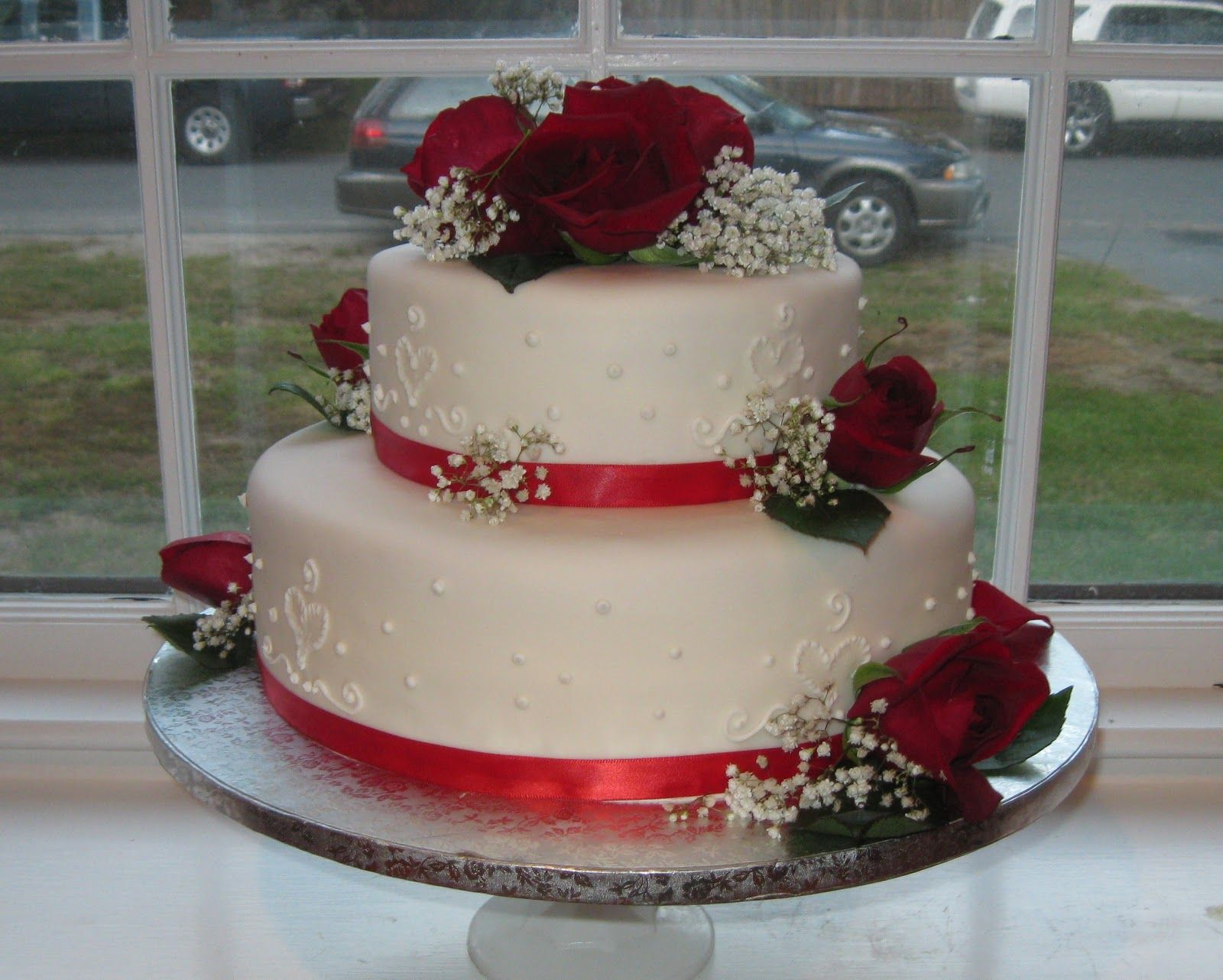 Wedding Cakes Pictures: Sunflower Wedding Cakes Heart wedding cake pictures