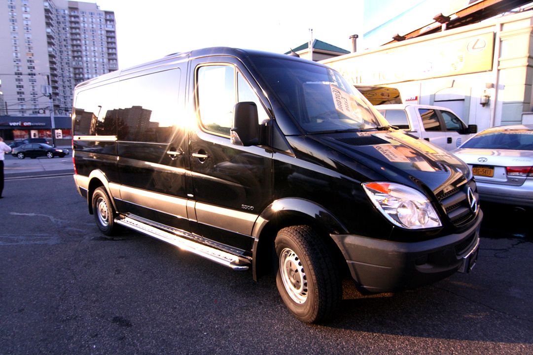 8 passenger mercedes benz sprinter hq 8 passenger 144 for Mercedes benz sprinter passenger