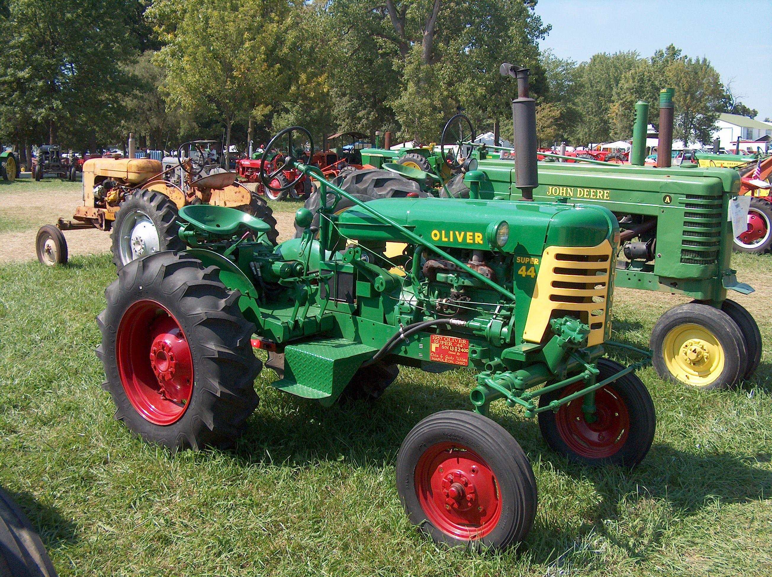 Antique Tractors In Ohio : Oliver super antique tractors pinterest