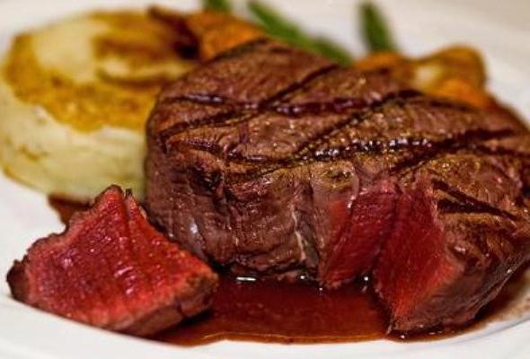 Las carnes rojas fritas o ahumada aumentan el riesgo de cancer