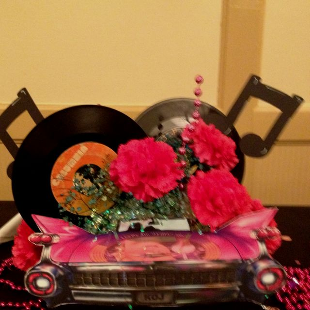 50 39 s theme centerpiece 50s theme pinterest for 50 s decoration ideas