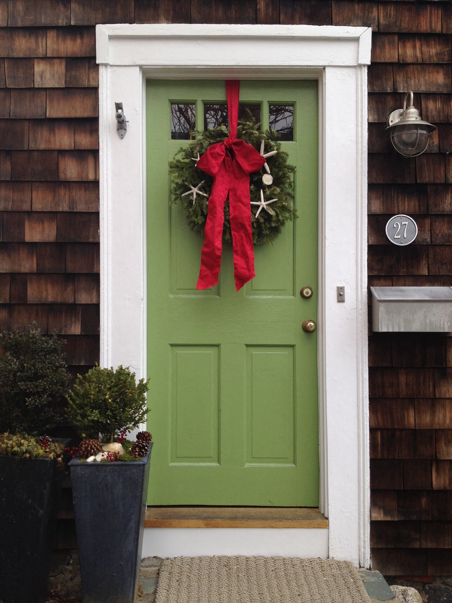 2048 #B11A32 Green Front Door With Holiday Wreath House Ideas Pinterest save image Green Front Doors 47971536