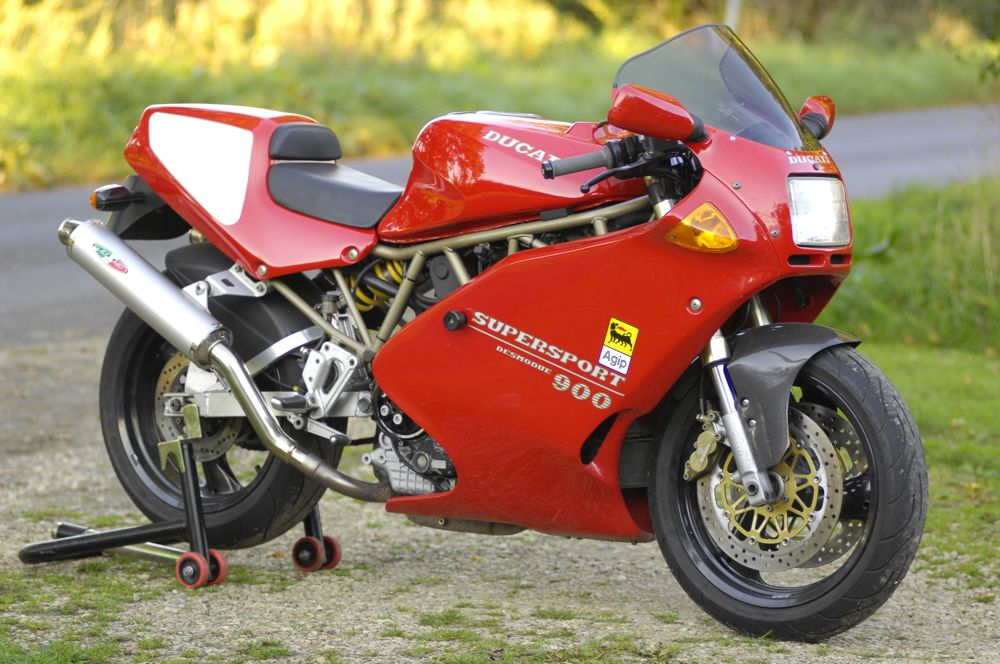 ducati 900ss pre terblanche oh look something shiny pinterest. Black Bedroom Furniture Sets. Home Design Ideas