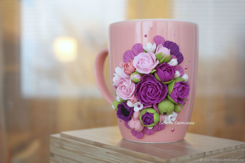 Кружка с цветами из полимерной глины фото