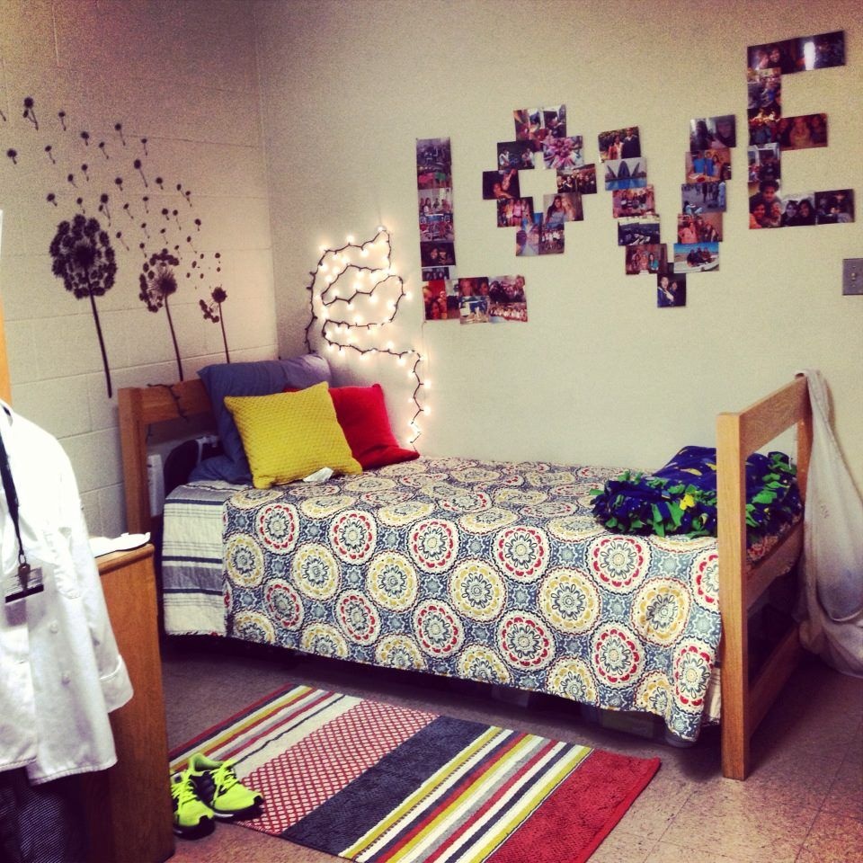 Dorm room decor dorm idea pinterest for Room decoration images