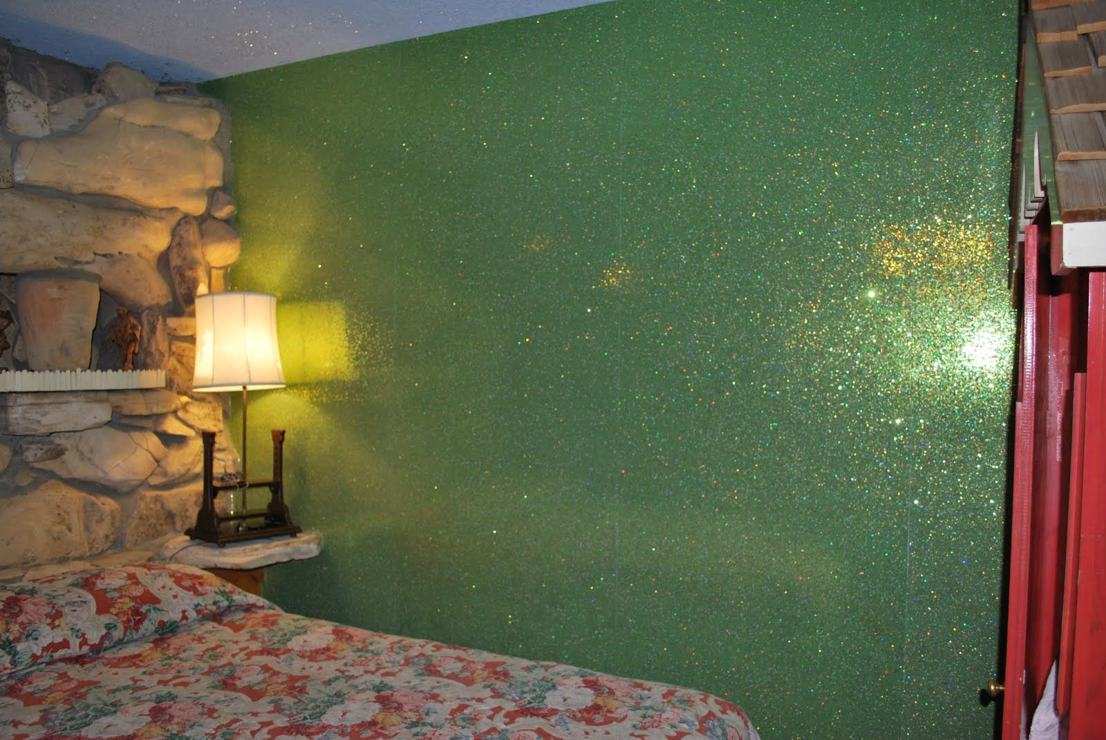 Green glitter walls paint pinterest for Pittura con brillantini