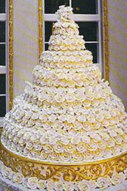 Cake Pictures Big : Huge cake Awesome cakes Pinterest
