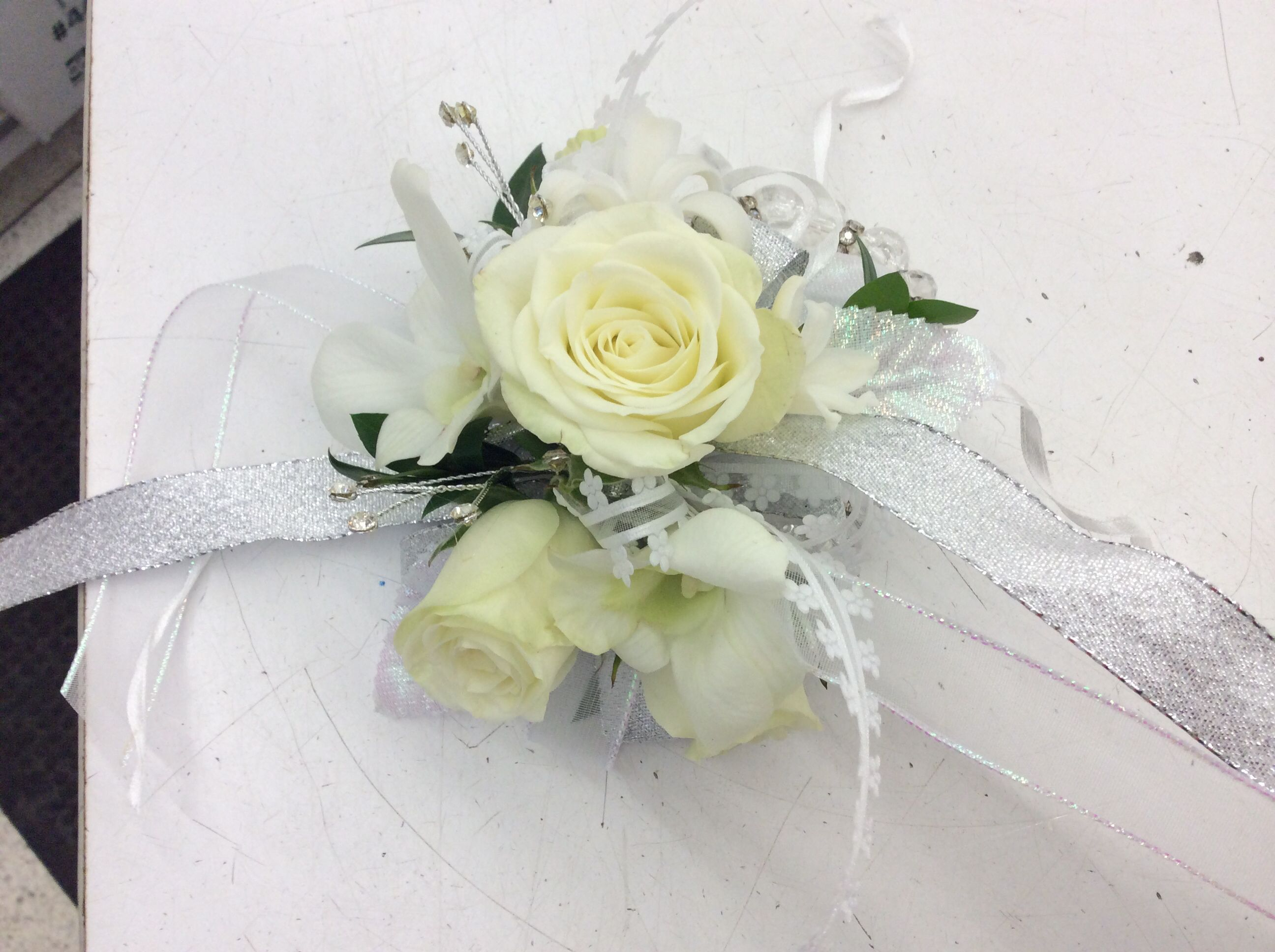 Classic Prom Corsage Wedding Flowers Hy Vee Pinterest