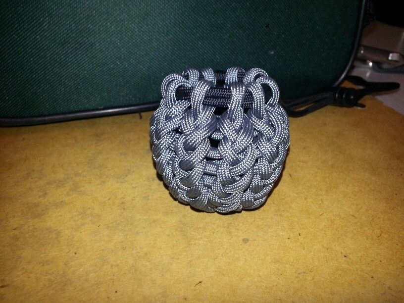 Paracord pouch paracord pinterest for How to make a paracord utility pouch