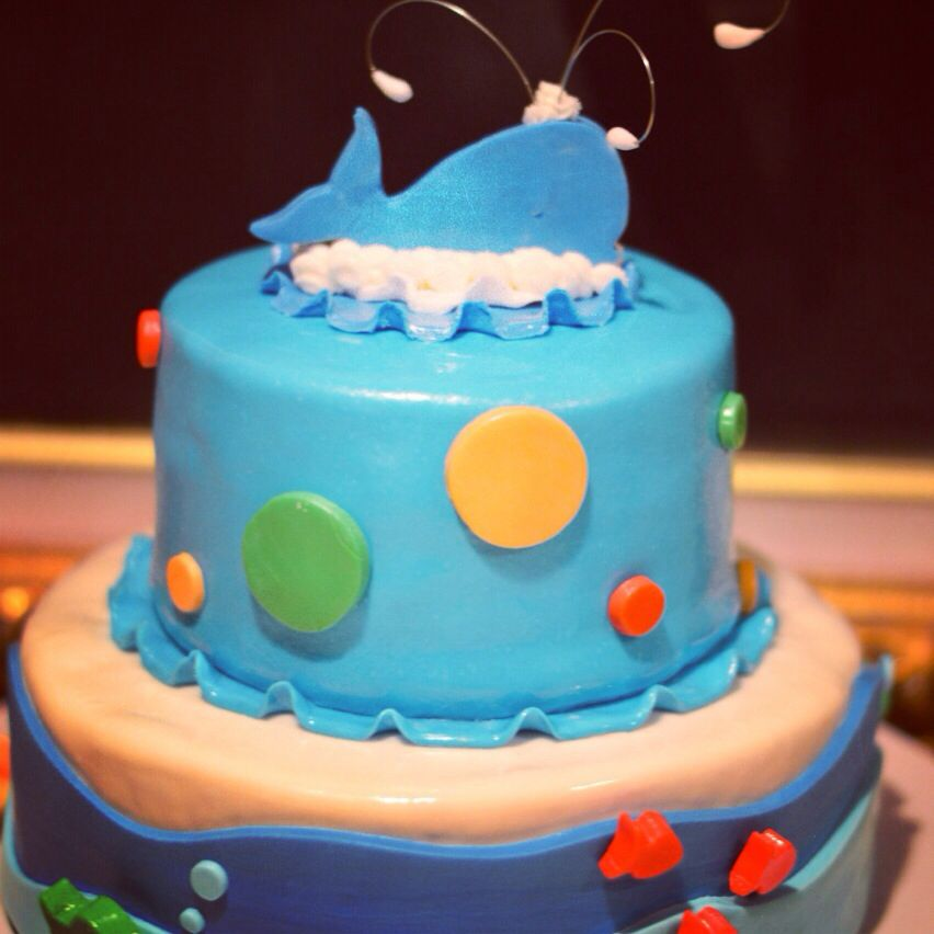 baby shower whale cake pinterest