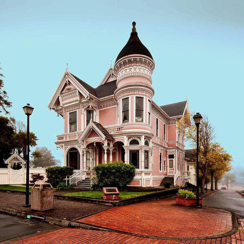 The pink lady in eureka ca i love victorian houses for Eureka house