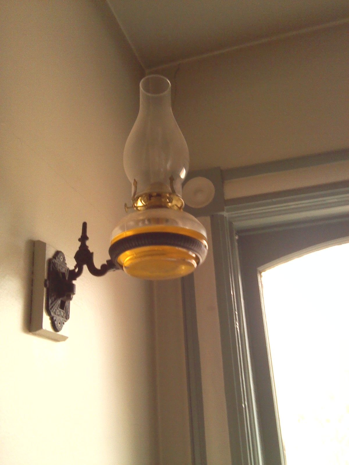 Wall Mounted Kerosene Lanterns : Wall mounted oil lamp at Bronte Creek Oil lamps Pinterest