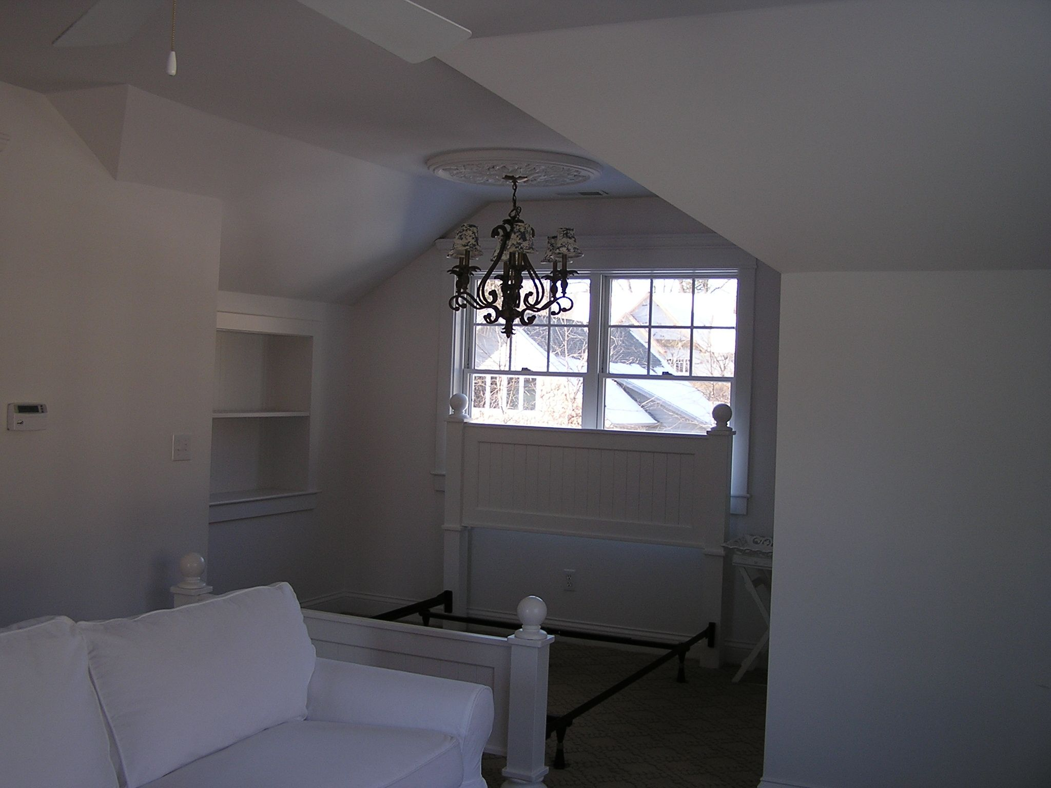 Garages with apartments above projects special projects for Above the garage apartment