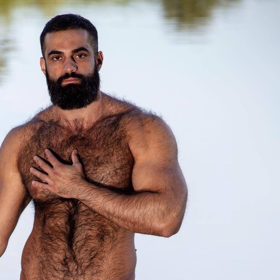 Обнаженный Волосатый Мужчина