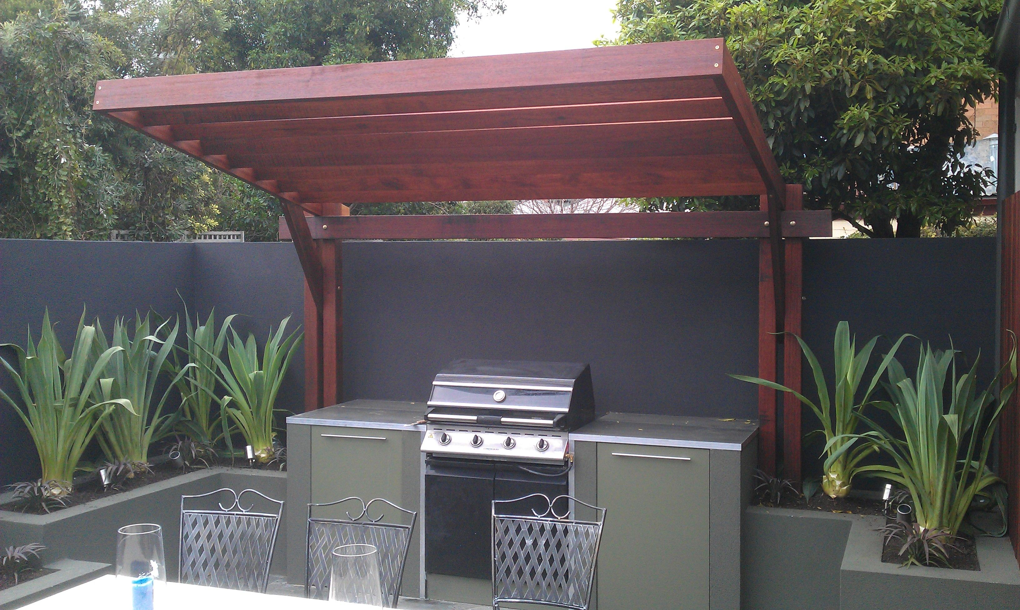 Cantilevered pergola pergolas pinterest for Outdoor kitchen roof structures