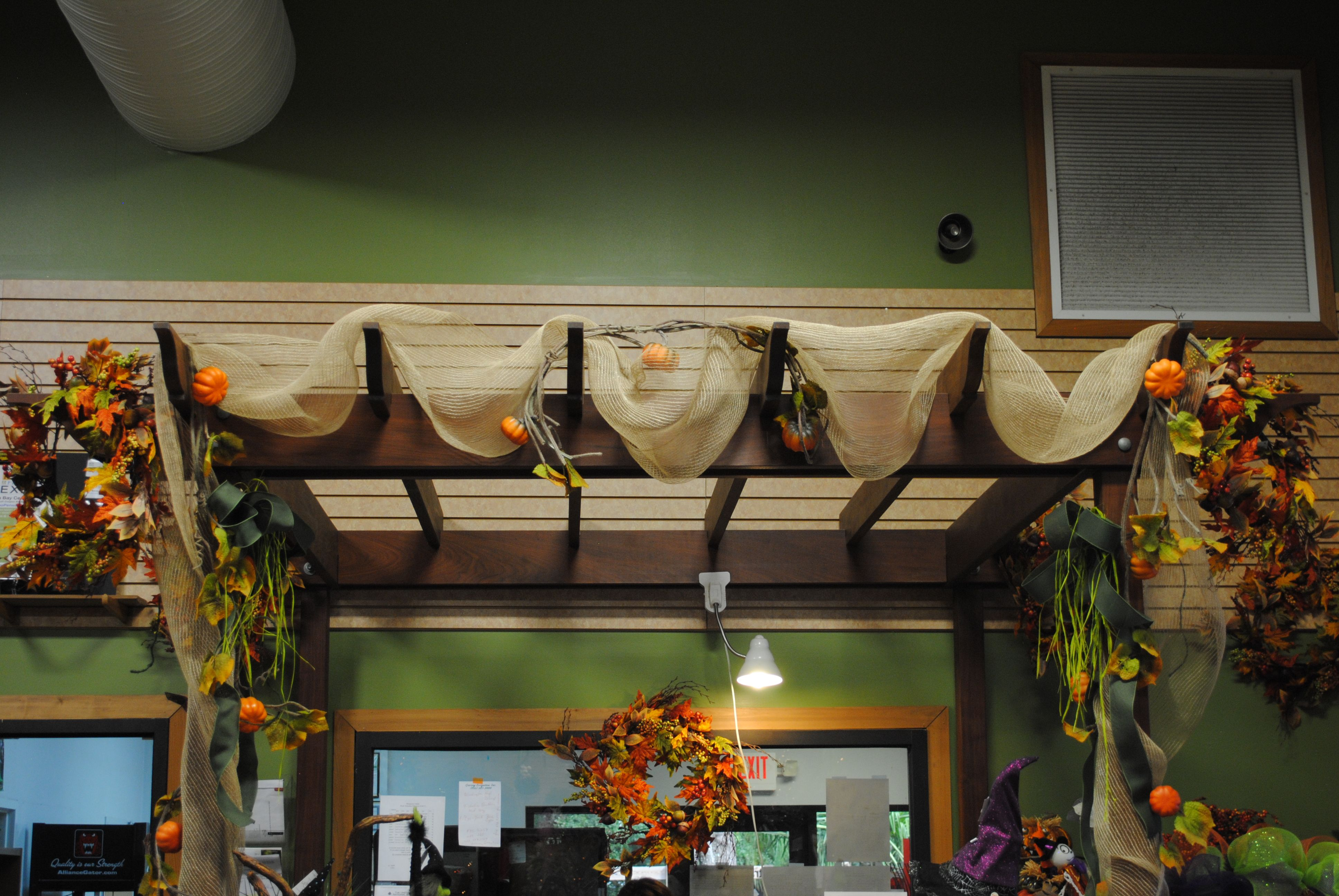 Fall burlap arbor decorations fall ideas pinterest for Arbor decoration ideas