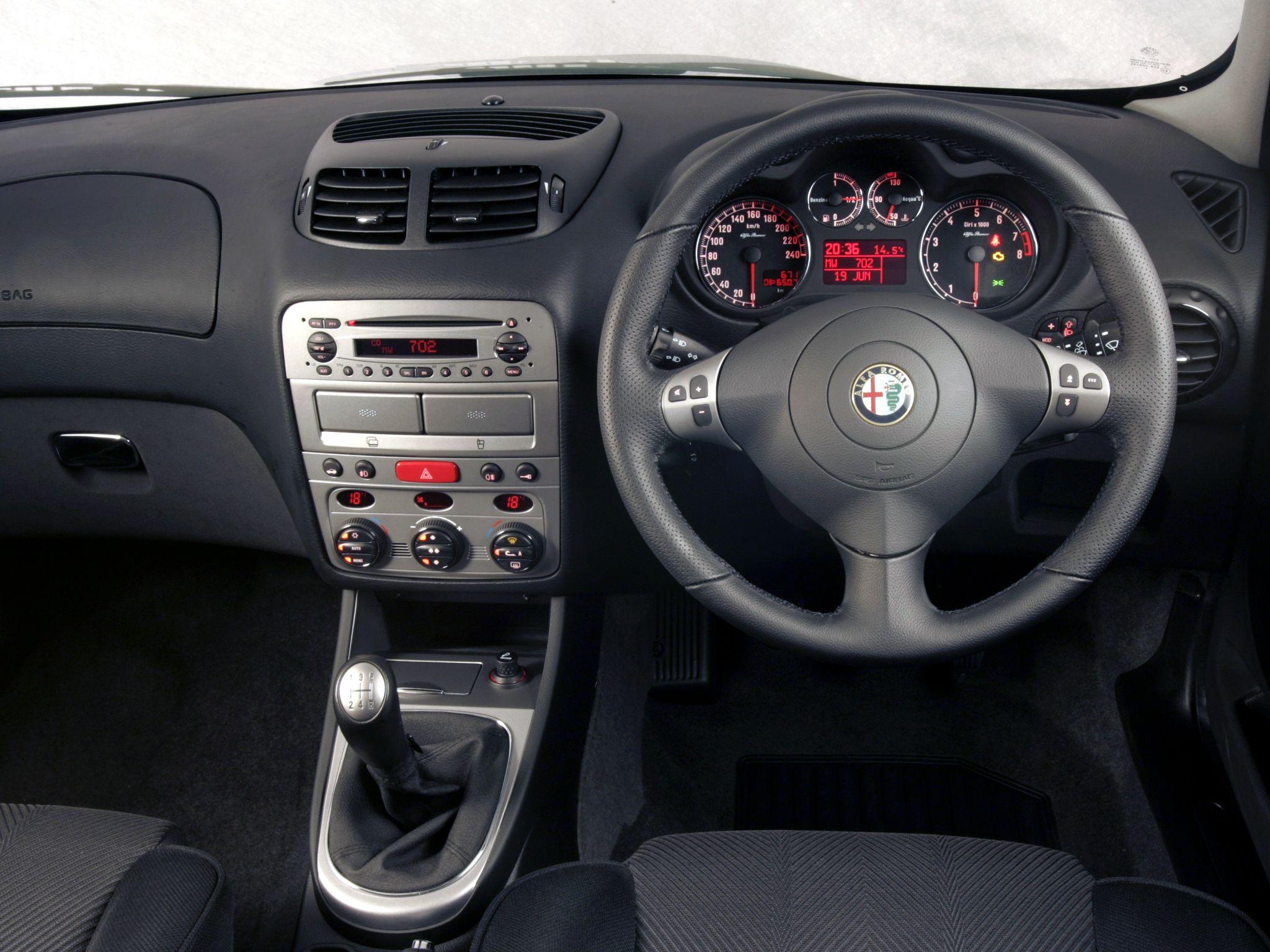 Alfa Romeo 147 Resimleri