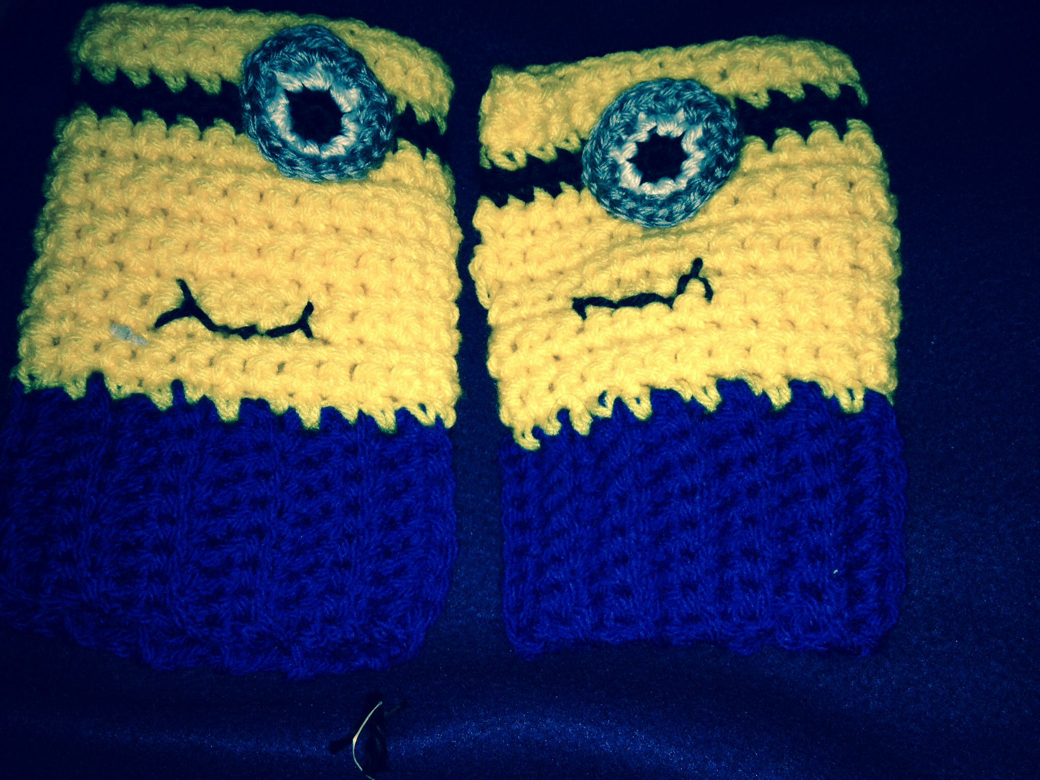Free Crochet Pattern Minion Mitts : Minion Crochet Pattern Fingerless Gloves Car Interior Design