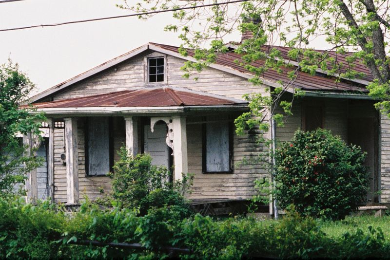 Old building in natchez ms abandoned buildings pinterest for Home builders ms