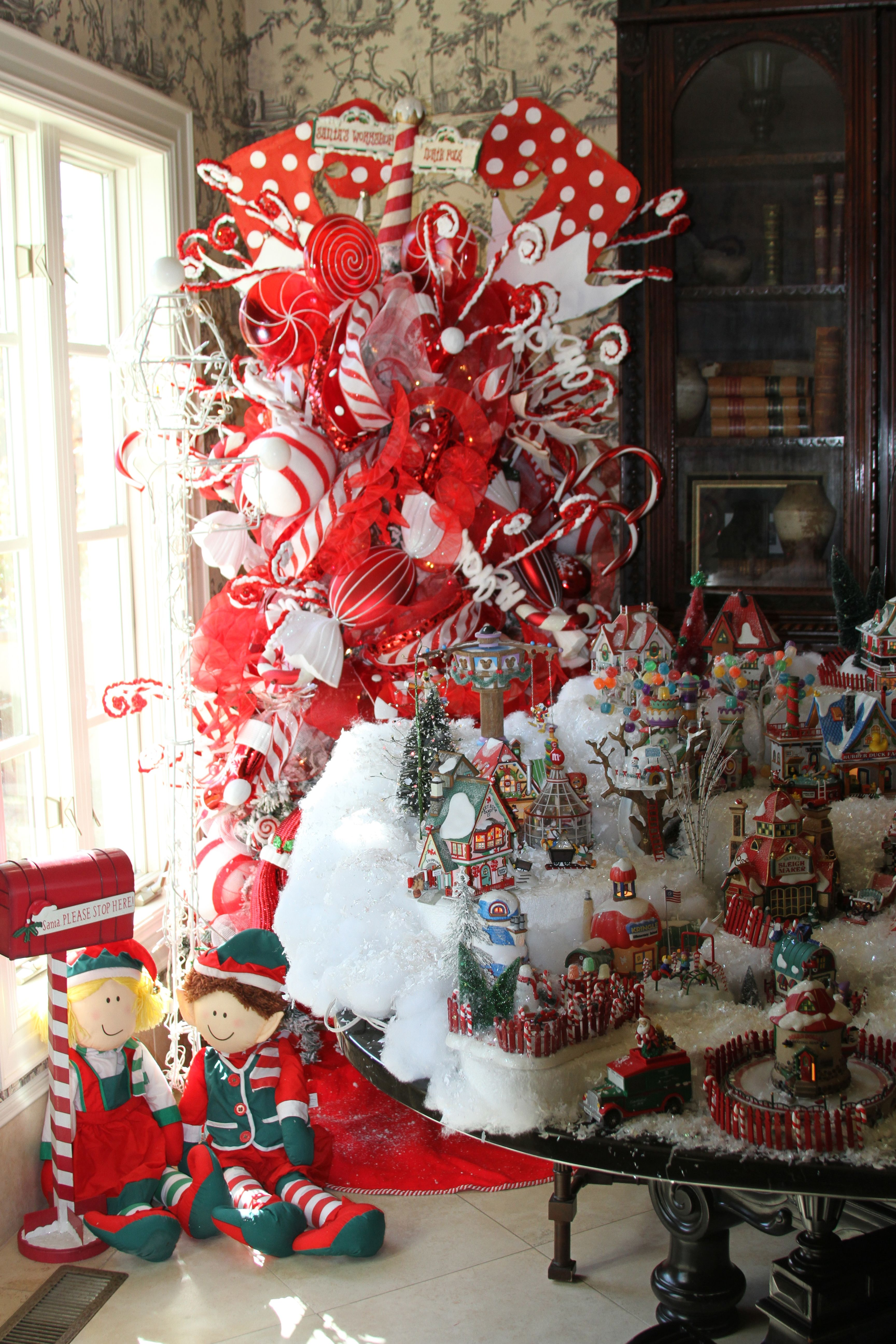 Red and white tree christmas pinterest for White christmas tree pinterest