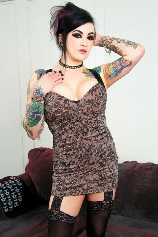 Tattooed BBW Scarlet Lavey demonstrates her affinity for oral sex № 240190 загрузить