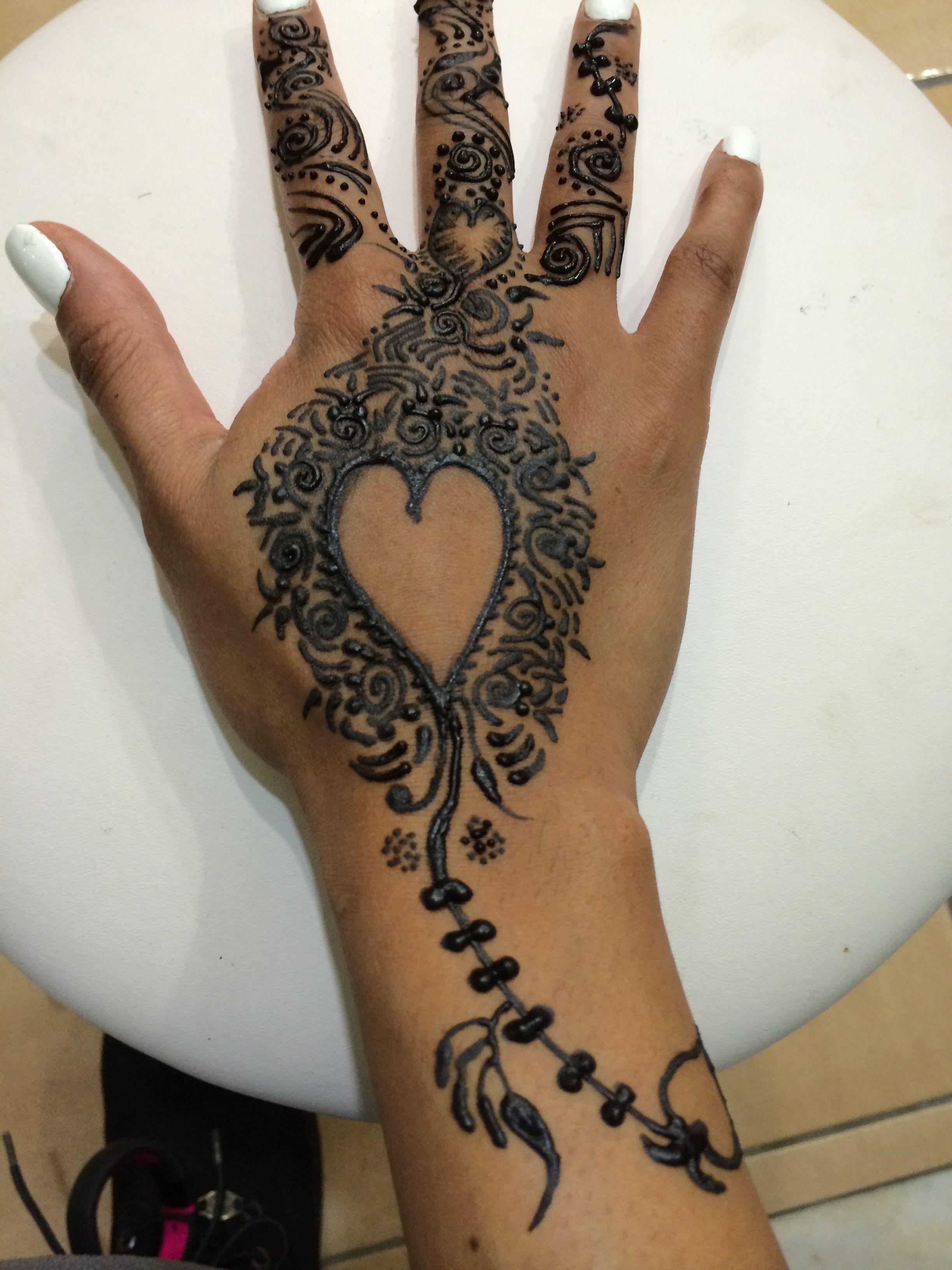 Mehndi Designs Heart : Single heart henna design mehndi pinterest