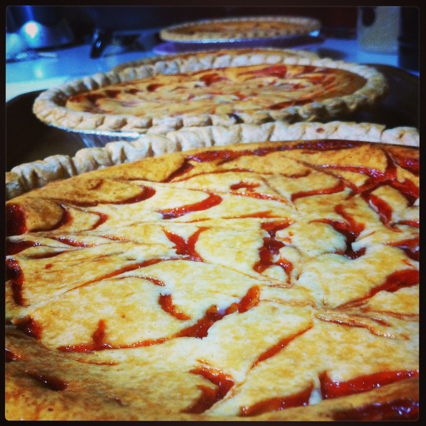 Guava & Cream Cheese Pie | The Rise of Crumbz | Pinterest