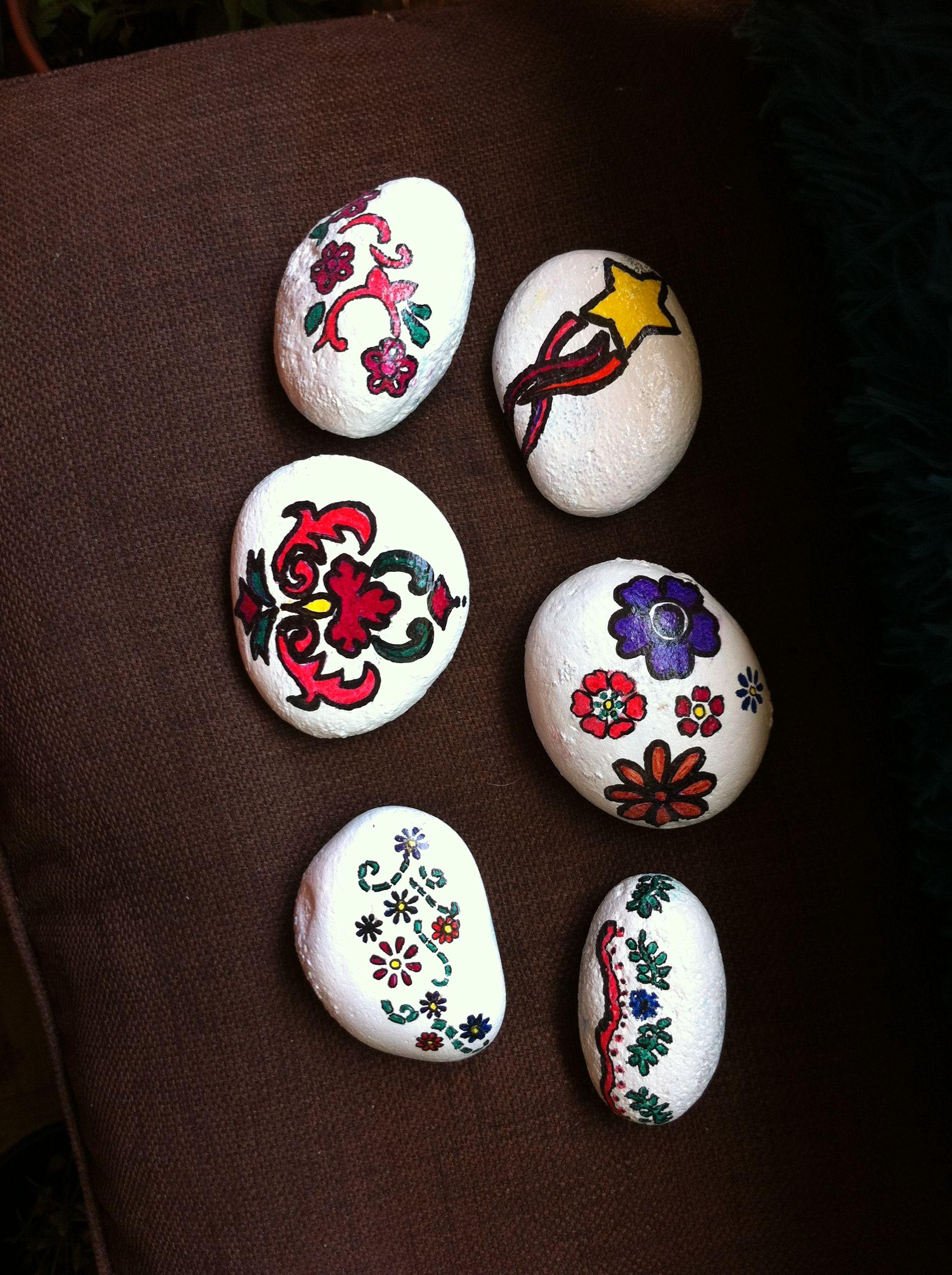 Hand painted garden stones petalmoon designs my arts - Hand painted garden stones ...