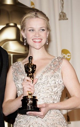 Throwing It Back: The 55 Best Oscars Beauty Looks of the PastDecade
