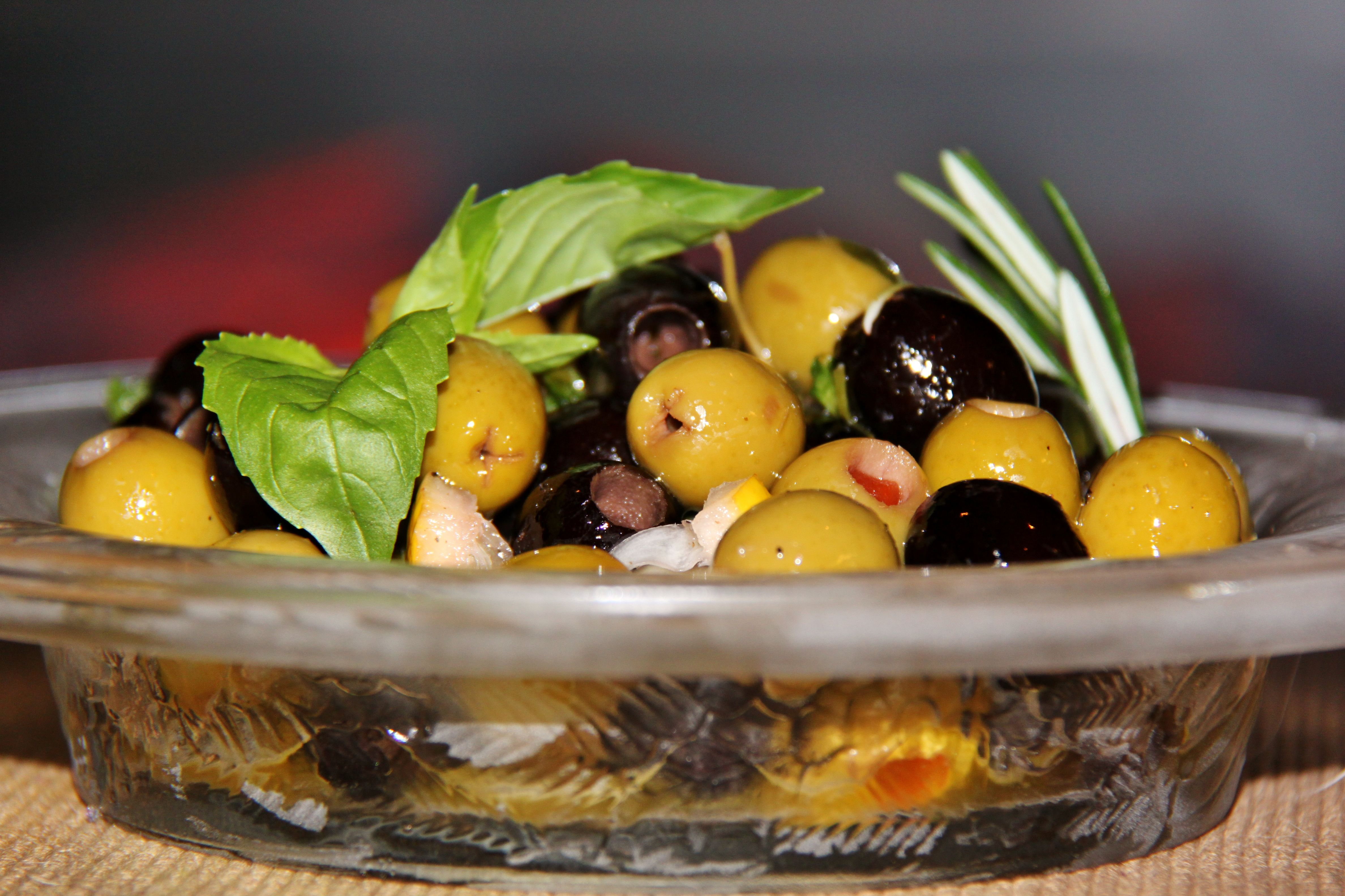 Citrus Herb Marinated Olives | aPpeTiZeRs & sNaCks | Pinterest