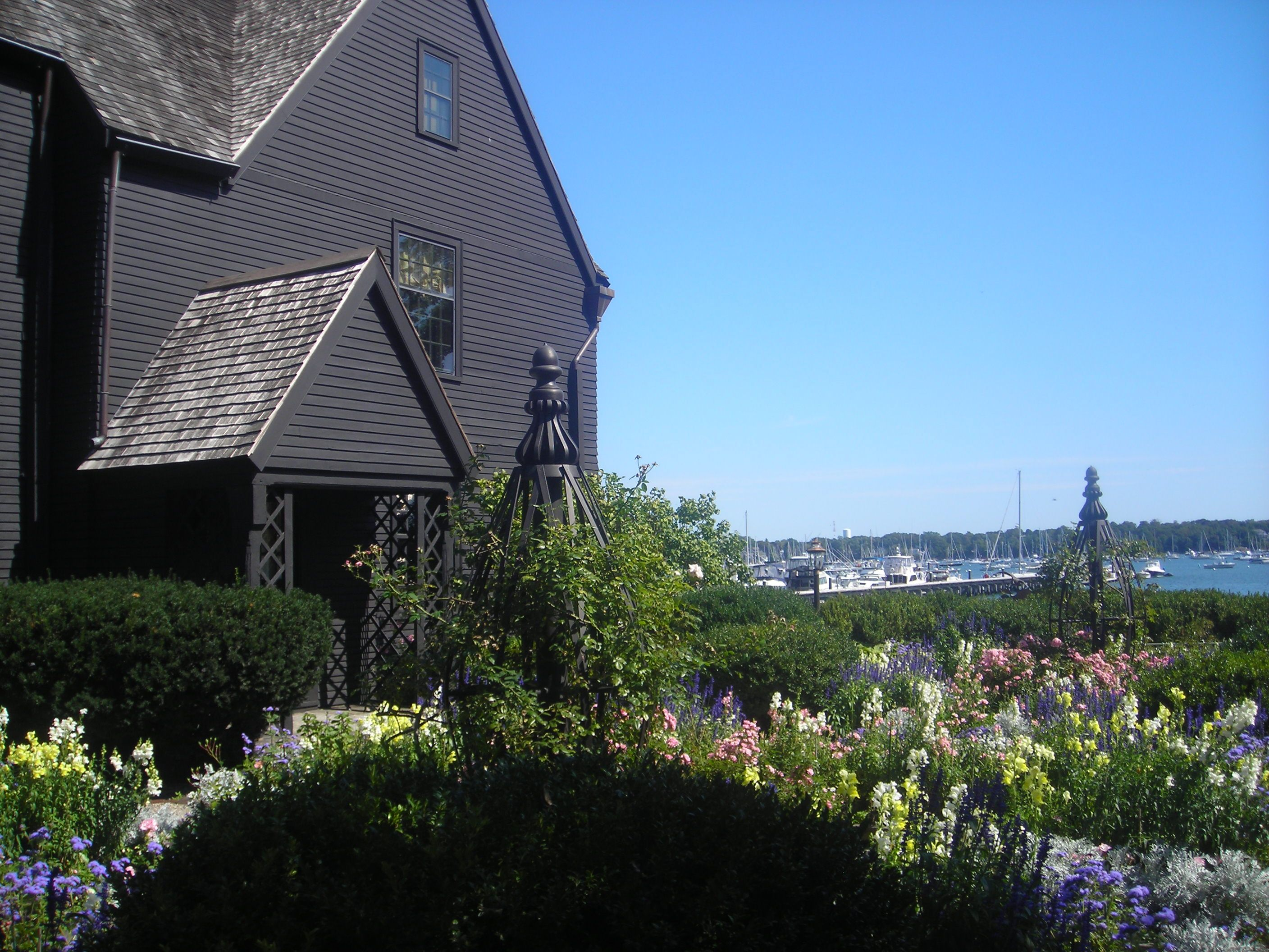 The house of seven gables in salem ma oh the places you for Salem house